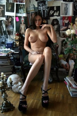 femmes individuelles Hennebont Mona